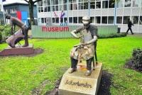 www.vriendenschoenenmuseum.nl